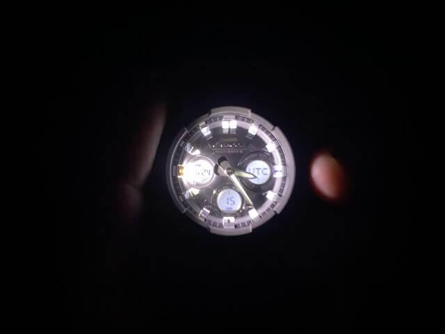 G-STEELのライト点灯
