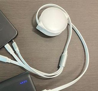 巻き取り式USBコード